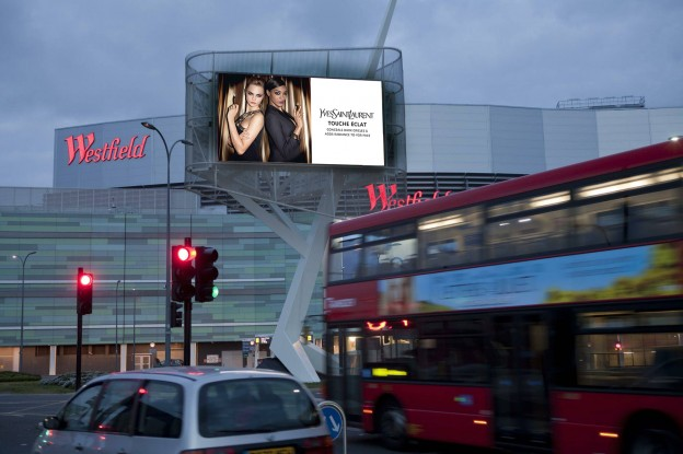Illuminated 48 Sheet outdoor advertising and Westfield design by Splashdown